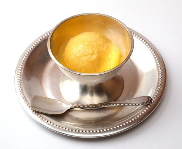 自家製マンゴーアイスクリーム